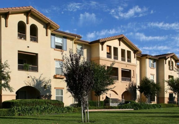 Exterior Building and Grass   l Portofino Villas Apartments  in Pomona CA