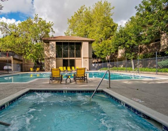 Relaxing Swimming Pool at Wilbur Oaks Apartments, Thousand Oaks