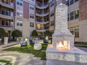 Outdoor courtyard with fire pit at LaVie Southpark, Charlotte