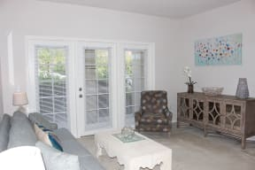 Apartments with Patio  |Cypress Legends