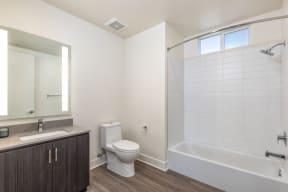 406 23 Bathroom 04