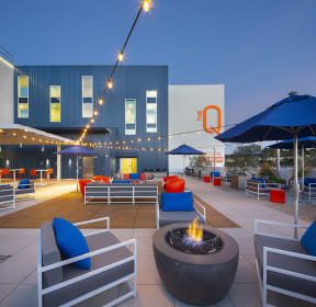 Outdoor Lounge at the Q Variel in Woodland Hills