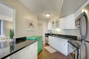 Galtier Towers Apartments in Lowertown, St. Paul, MN Kitchen Granite Countertops