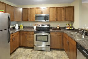 Regency Woods Apartments in Minnetonka, MN Stainless Steel Kitchen