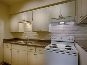 Fully equipped kitchen at Fountain Plaza Apartments, Tucson, 85712