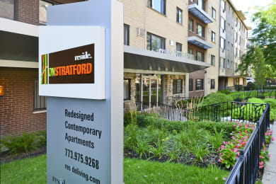 Lakeview Apartments for Rent at Reside on Stratford