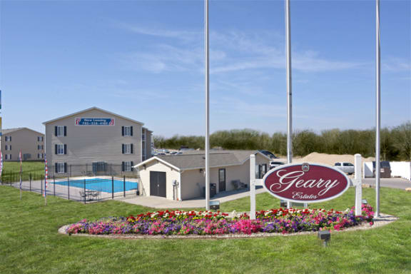 welcome home at Geary Estates Apartments, MRD Conventional, Grandview Plaza, Kansas