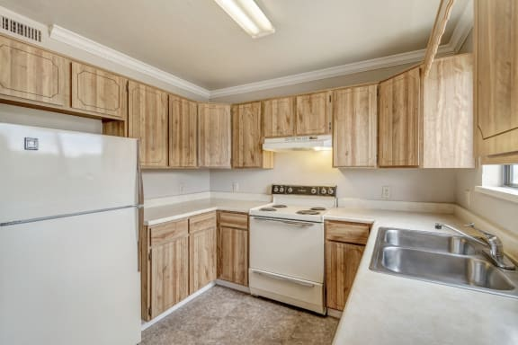 Kitchen at Marina Heights Apartments in Prescott, AZ