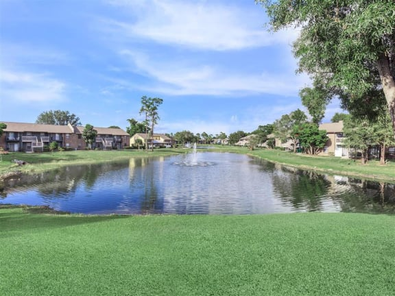 fort myers apartment lake view
