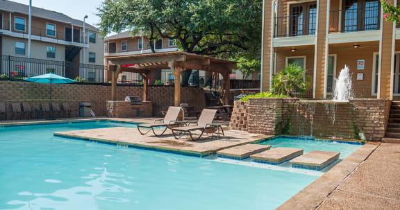 Richardson Apartments Riviera Pool