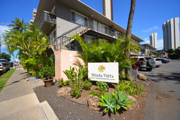 Moana Vista Apartments exterior building and signage during the day