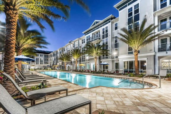 Mini Swimming Pool And Relaxing Area at Monterosso Apartments, Kissimmee, FL, 34741