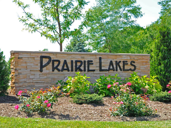Entrance Sign at Prairie Lakes Apartments, Peoria, IL
