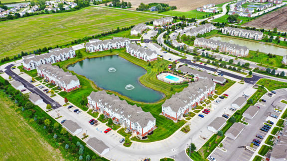Aerial of Apartments and Lake at Tracy Creek Apartment Homes, Perrysburg, OH