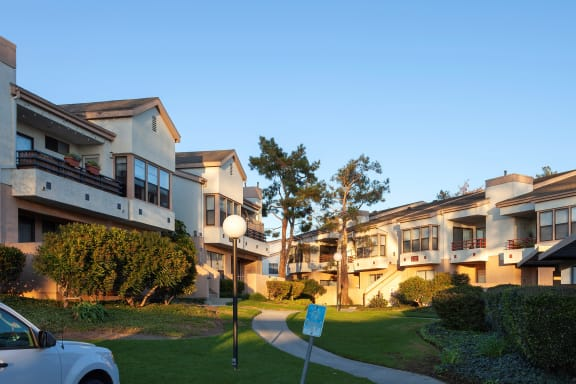 Exterior View at Cypress Point, Ventura, CA, 93003