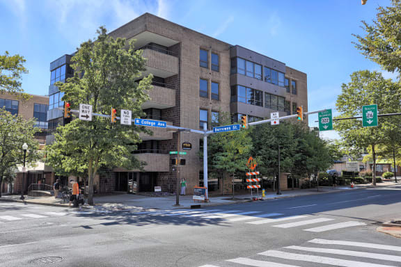 Apartment in State College, PA | 300 Building | Property Management, Inc.