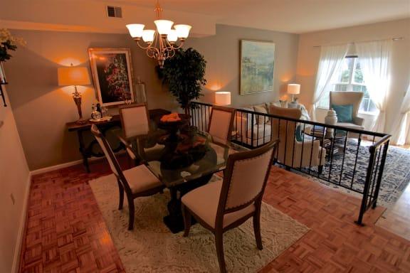 Elegant Dining Space at Indian Creek Apartments, Cincinnati