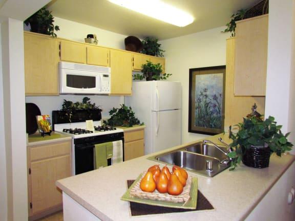 Gourmet Kitchens at 55+ FountainGlen Stevenson Ranch, Stevenson Ranch, CA