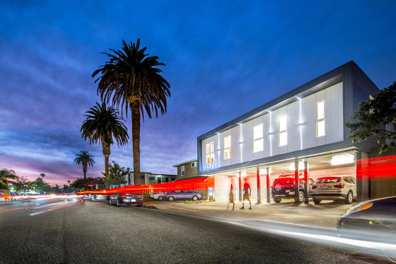 Santa-Monica-Luxury-Apartments-Pacifico-Exterior-Evening-2