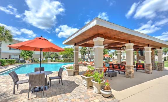 Addison Landing Apartments Pool