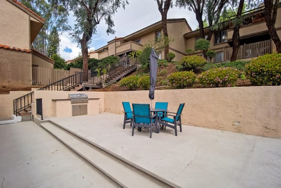 Outdoor Grill at St. Charles Oaks Apartments, Thousand Oaks, 91360
