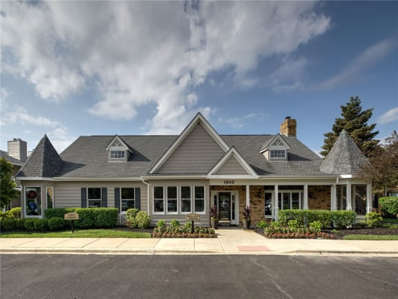 Conveniently Located at Brookdale on the Park, Naperville, IL, 60563