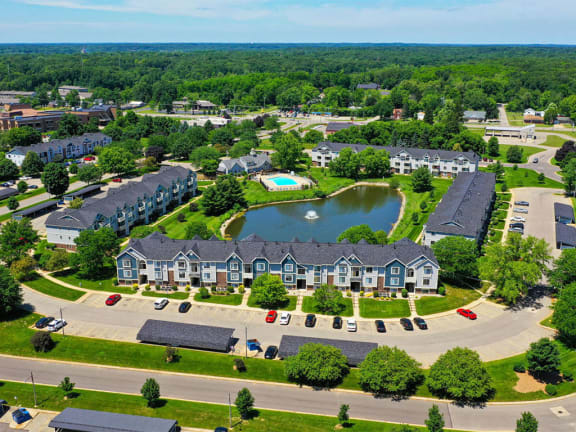 Breathtaking Pond-View at Pine Knoll Apartments, Battle Creek, MI
