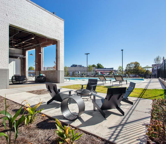 Outdoor Lounge Area at Smith & Porter Apartments in Atlanta, GA