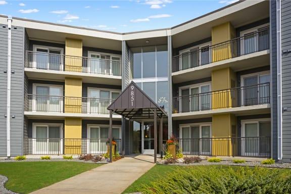 Pebblebrook Court Apartments- Bloomington, MN