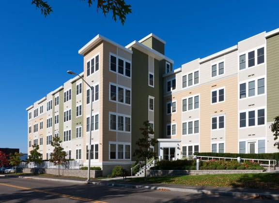 External Apartment View at Park87, Cambridge, MA