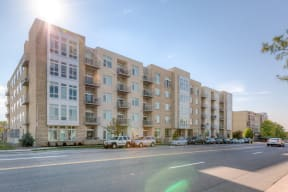 Full street view of 2828 Zuni Apartment Building in Denver