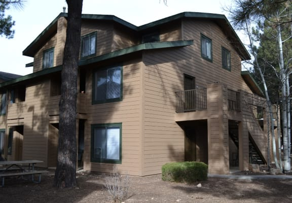 Exterior and landscaping at University West Apartments in Flagstaff AZ