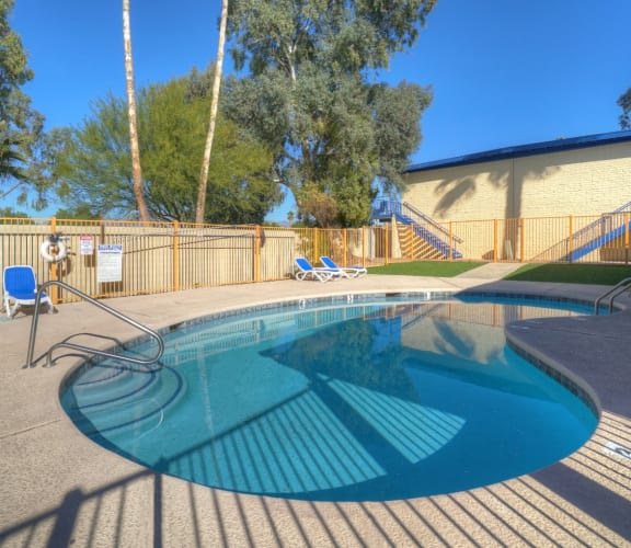 Pool at University Manor Apartments in Tucson AZ