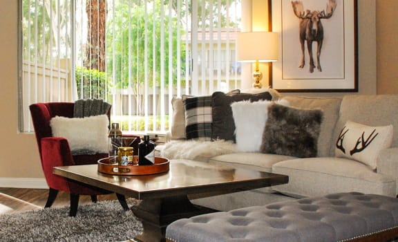 Living Room at Monte Vista Apartment Homes, La Verne, CA