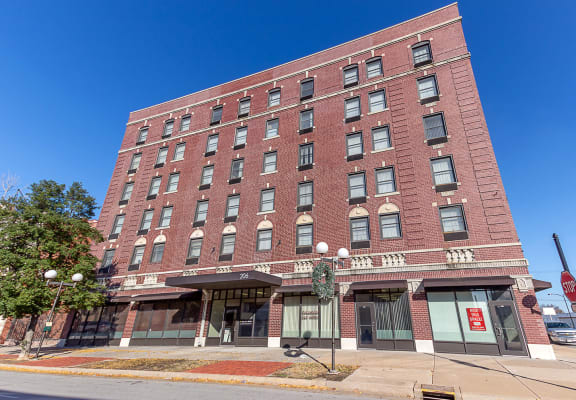 Dale Apartments_Building Exterior