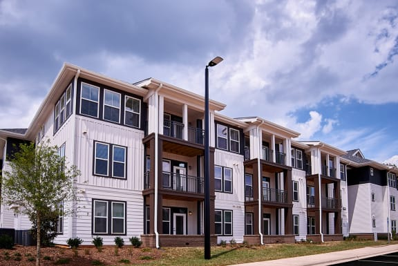 Exterior at Beckett Farm Apartments in Fort Mill
