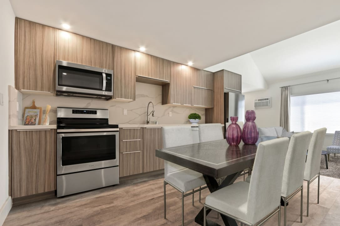 Kitchen at Woodcliff Culver City Apartments For Rent