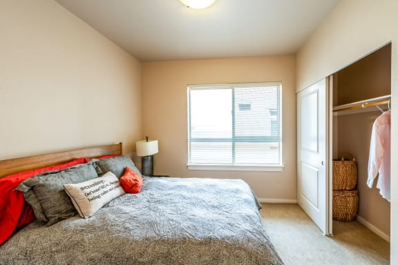 Comfortable Bedroom With Large Window at The Corydon, Washington, 98105