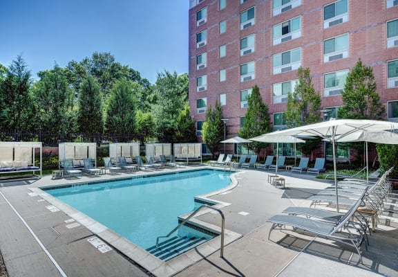 Pool Cabana & Outdoor Entertainment Bar at Windsor at The Gramercy, White Plains, NY
