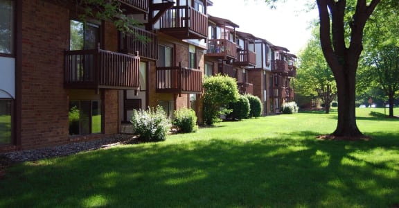 Green Outdoor Spaces at Granada Apartments, Michigan, 49202