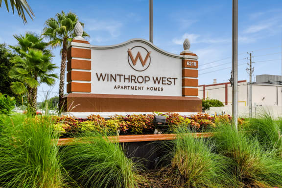 Winthrop West Apartment Homes Sign