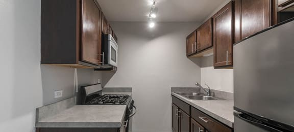 Updated Kitchens at Reside at 823