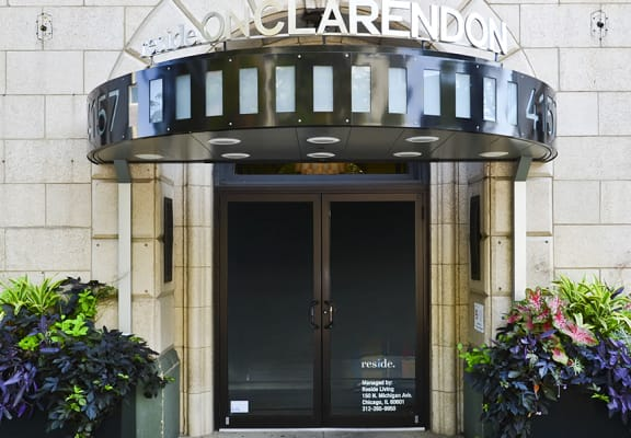 Reside on Clarendon Entry