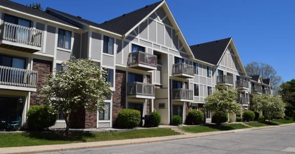 Building Entrance Exterior at Concord Place Apartments, Kalamazoo, MI, 49009
