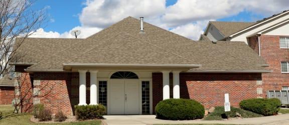Leasing Center Exterior at Valley View Estates, Iowa