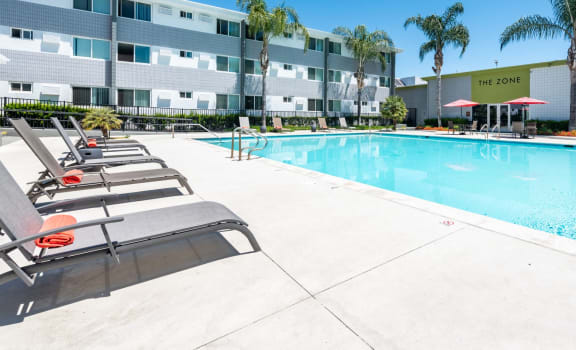 Meridian Pointe Pool and Deck Chairs