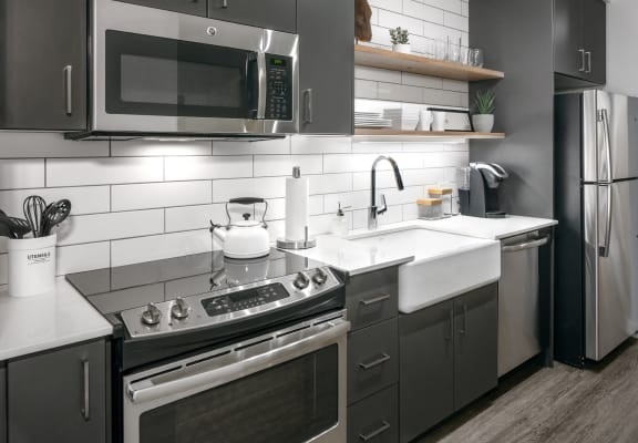 Couch9 Grey Kitchen