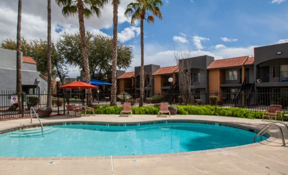 Pool pool patio at Casa Bella Apartments in Tucson AZ 4-2020