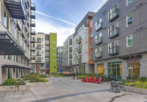 Sparc Apartments Courtyard
