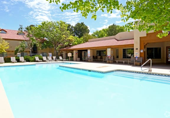 Pool & pool patio at Cinnamon Tree Apartments in Albuquerque, MN